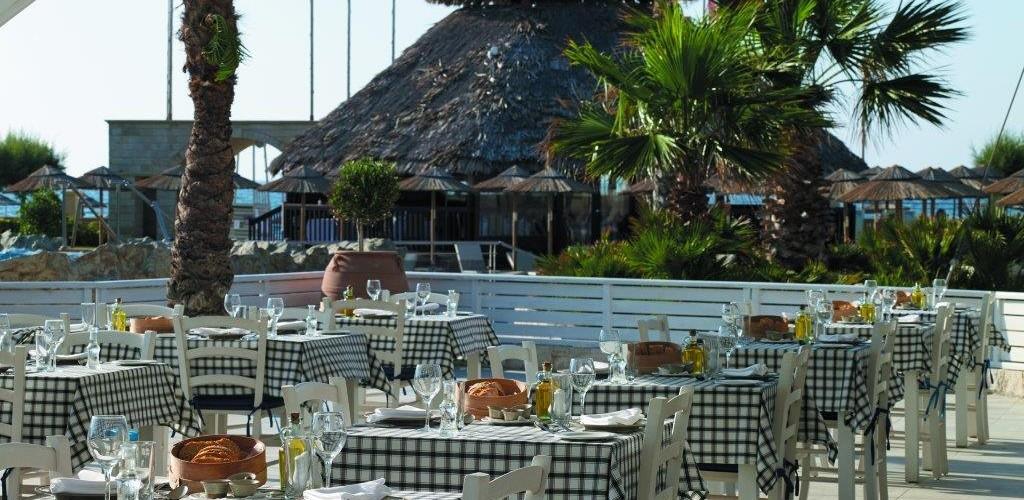 Ξενοδοχείο Sensatori – εστιατόριο «Red Saffron»