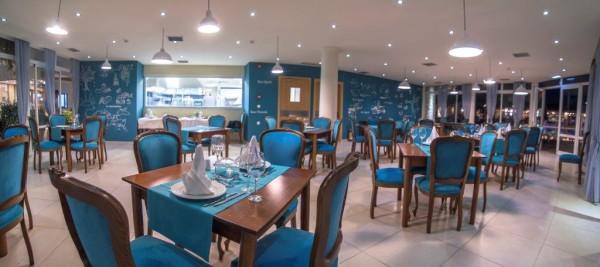 """Ξενοδοχείο Lavris Hotel & Bungalows – Εστιατόριο """"A la carte"""""""