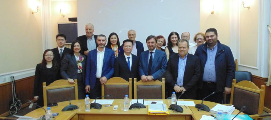 Η ενίσχυση των εξαγωγών Κρητικών προϊόντων και ο εισερχόμενος τουρισμός από την Κίνα στη Κρήτη στο επίκεντρο συνάντησης στη Περιφέρεια με υψηλόβαθμα στελέχη του Οργανισμού CISMEF