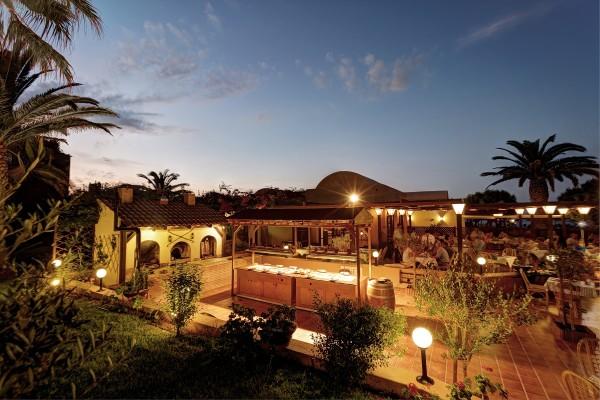 Ξενοδοχείο Anissa Beach & Village – Εστιατόριο «La Pergola» & Ταβέρνα «Ελιά»